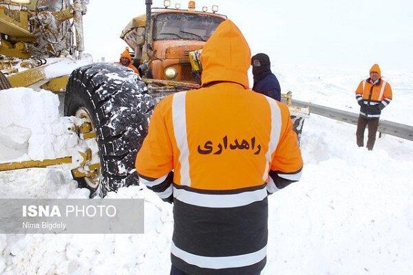 برفروبی 1343 کیلومتری در گیلان، امدادرسانی به 51 خودرو