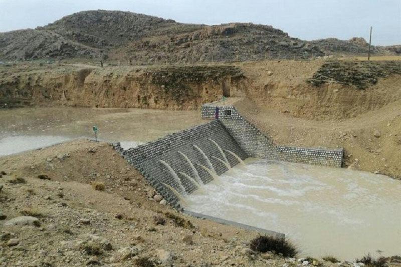 خبرنگاران اجرای طرح های آبخیزداری در زنجان با احداث سفید رود آغاز شده است
