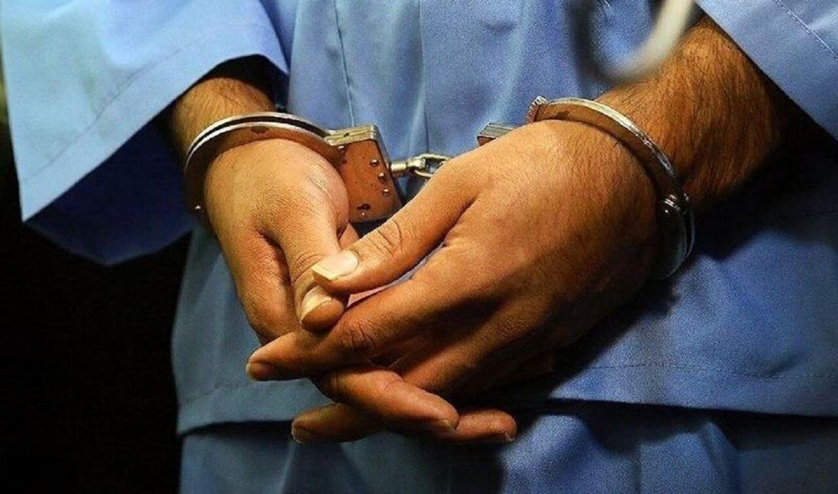 خبرنگاران عامل فروش مواد ضدعفونی کننده تقلبی در کرمان دستگیر شد